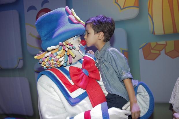 Arthur, filho da apresentadora Eliana (Foto: Marcos Ribas/ Brazil News)