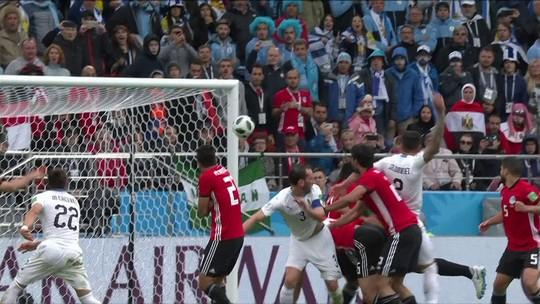 Arrascaeta é titular em estreia do Uruguai na Copa, mas não brilha; veja raio-X