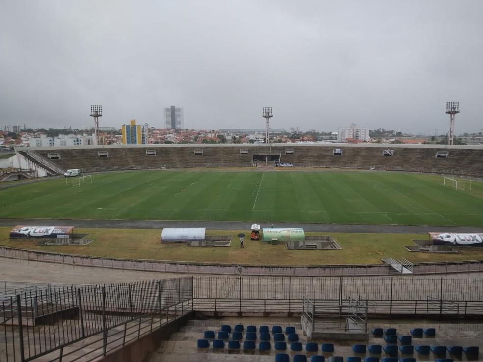 O Estádio Amigão, em Campina Grande, está liberado para receber Treze x Atlético-PB nesta quarta-feira — Foto: Pedro Pereira / ge