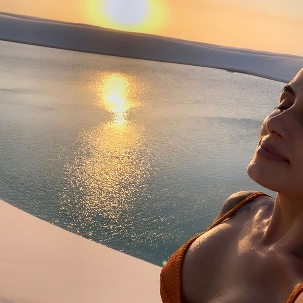 Carol Peixinho se encanta com belezas naturais dos Lençóis Maranhenses (Foto: Reprodução/Instagram)