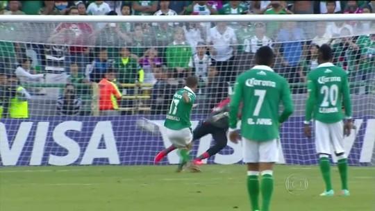 Boselli fez 130 gols pelo León, mais do que qualquer jogador por clubes brasileiros de 2013 para cá