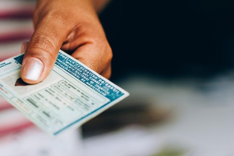 Nova regra de 40 pontos na CNH livra mais de 120 mil de perderem o documento — Foto: Getty Images