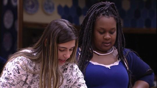 Roberta declara ser fã de Thiaguinho e sonha: 'Vou ser amiga da Fernanda Souza'