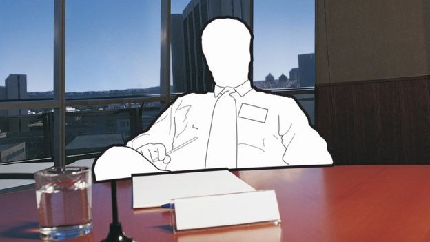 Nos EUA, checagem sobre histórico de postulantes a cargos executivos pode chegar à análise do histórico financeiro (Foto: Getty Images/BBC)