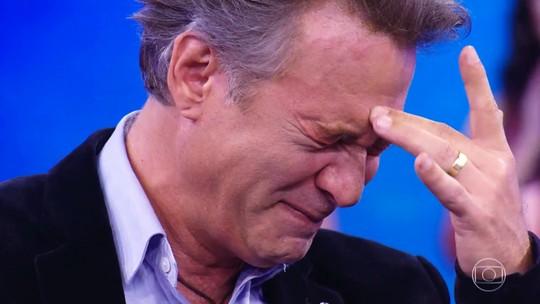 Nelson Freitas se emociona e vai às lágrimas no 'Arquivo Confidencial'