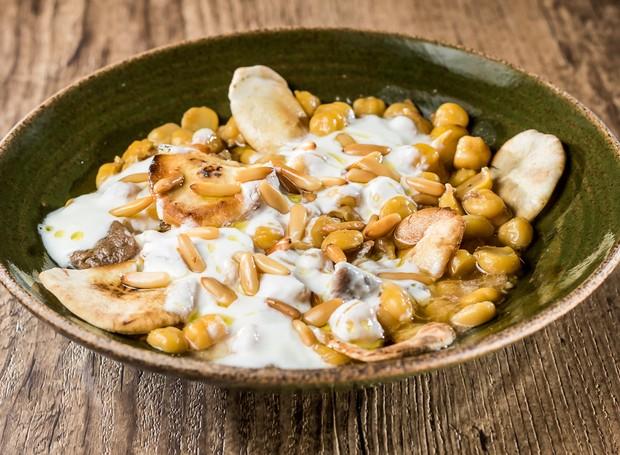 Fatteh, sopa do restaurante libanês Saj  (Foto: Léo Feltran/Divulgação)