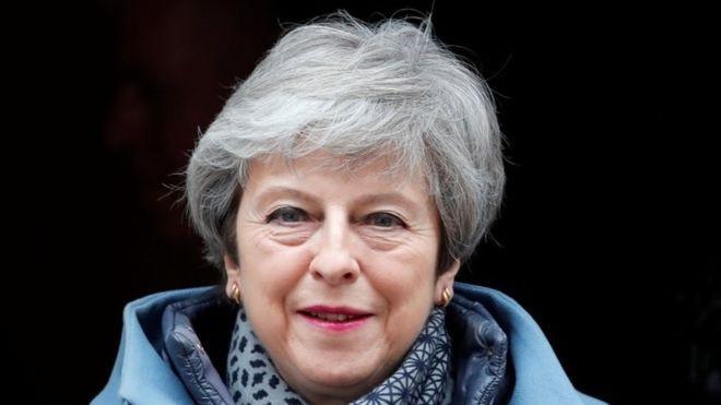 Proposta de May já foi rejeitada duas vezes no Parlamento (Foto: Reuters, via BBC)