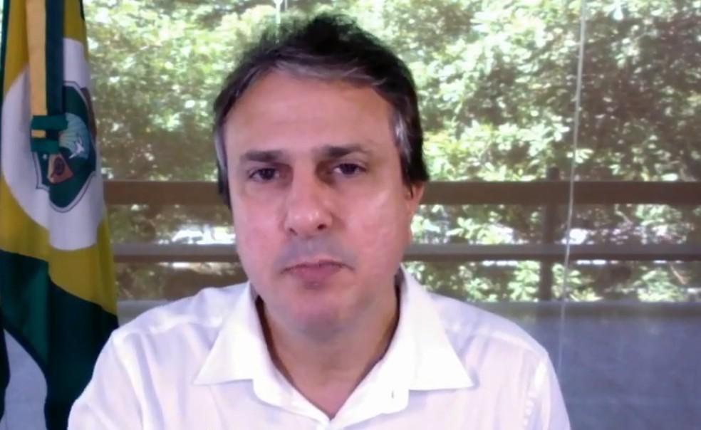 -  Camilo Santana, em transmissão por redes sociais  Foto: Reprodução