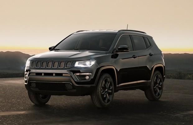 Novo Jeep Renegade 2017 >> Jeep Compass ganha série especial Night Eagle por a partir de R$119.990 - AUTO ESPORTE | Notícias