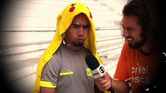 Cartola muda Pikachu de posição, e jogador faz cara feia; veja