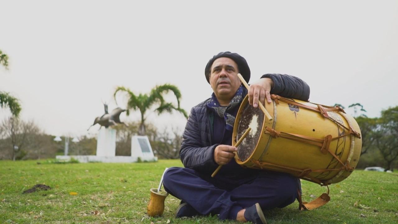 Alegrete completa 190 anos com música inédita de Ernesto e João Fagundes; veja clipe