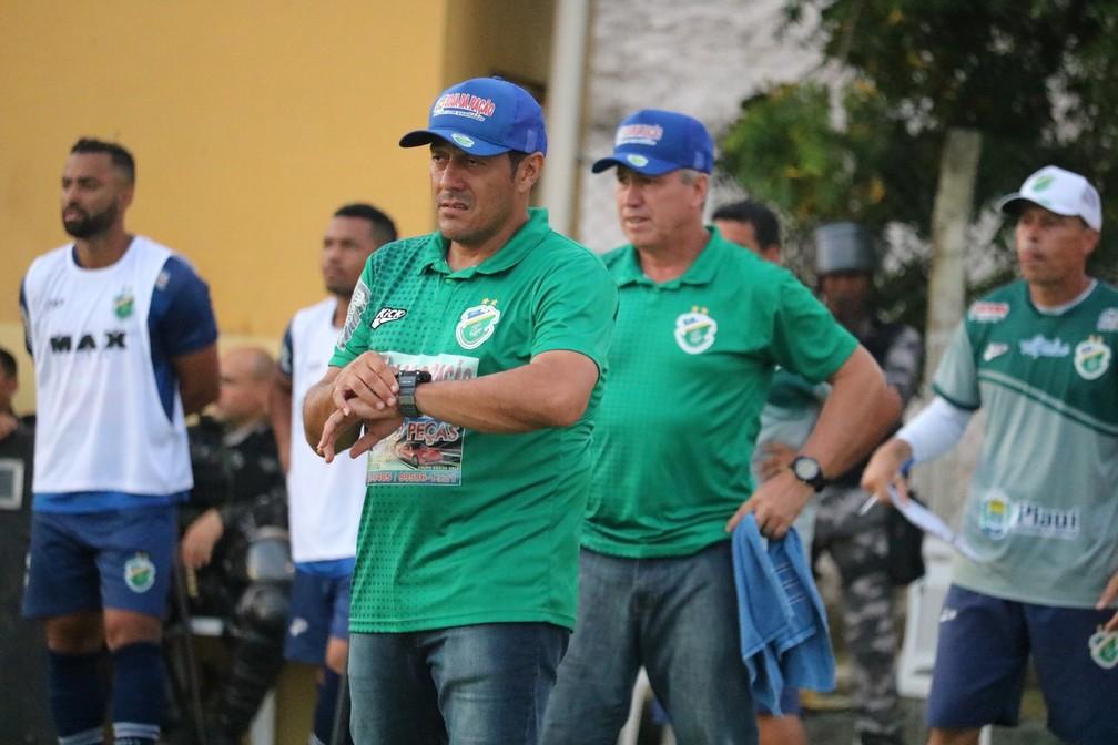 Maurílio Silva, Altos  — Foto: Stephanie Pacheco/GloboEsporte.com