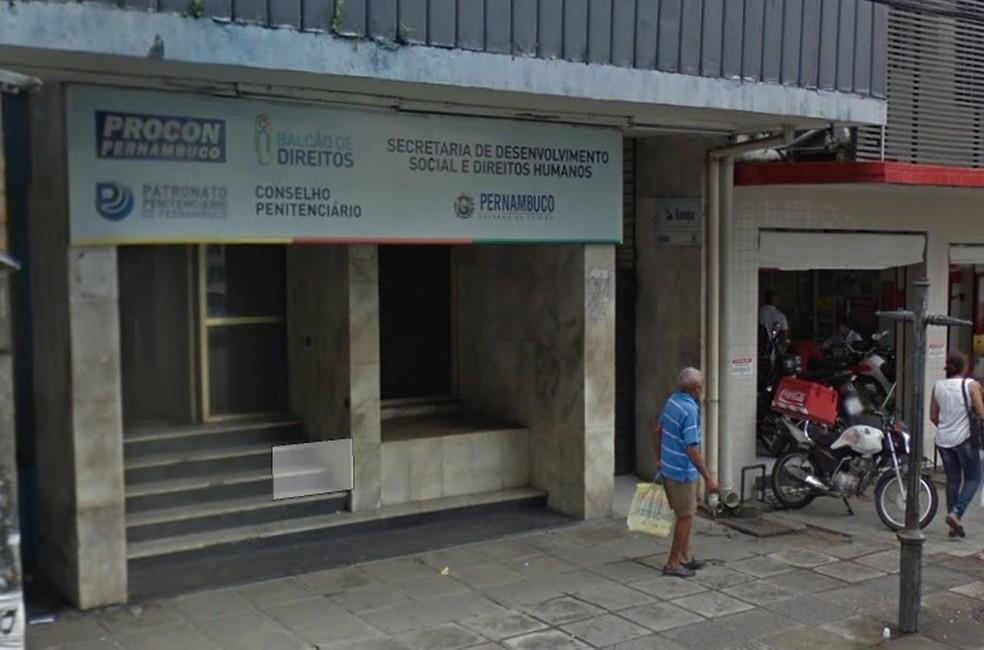 Procon de Pernambuco fica na Rua Floriano Peixoto, no Centro do Recife — Foto: Reprodução/Google Street View