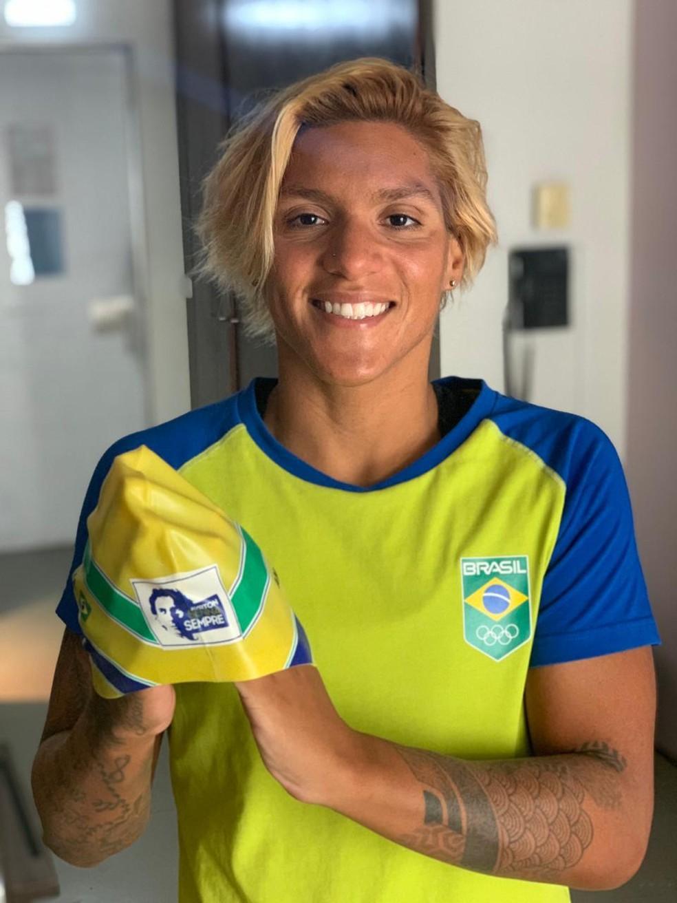 Ana Marcela com a touca — Foto: Divulgação