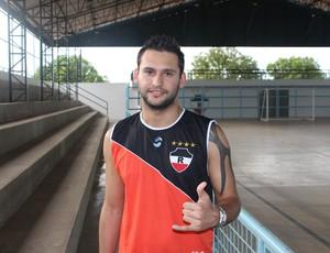 Ex-Batistuta do Fla, Pedro Beda quer deslanchar seu futebol no River-PI