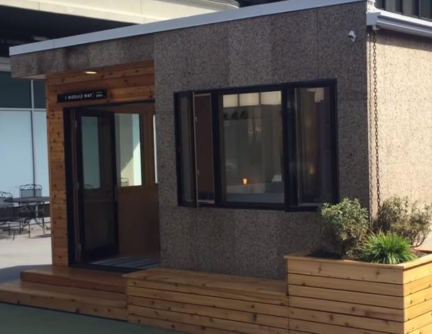 Esse é um dos módulos que pode ser adicionado a uma casa já existente (Foto: YouTube / Module Housing)