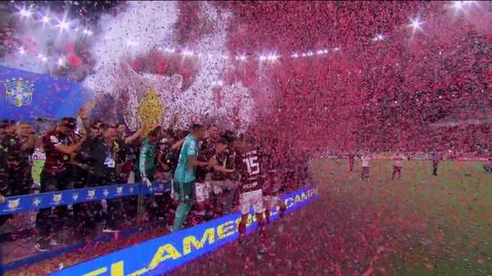 Redação analisa goleada com festa do campeão Flamengo sobre o Ceará
