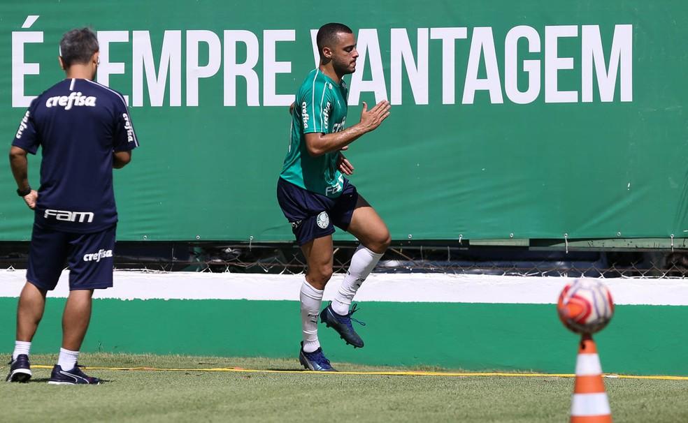 Arthur Cabral é candidato à última vaga do Palmeiras no Paulistão — Foto: Cesar Greco / Ag. Palmeiras
