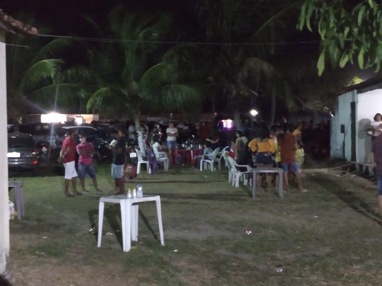 Vaquejada e festas são encerradas pela PM por causar aglomeração durante o fim de semana no Ceará