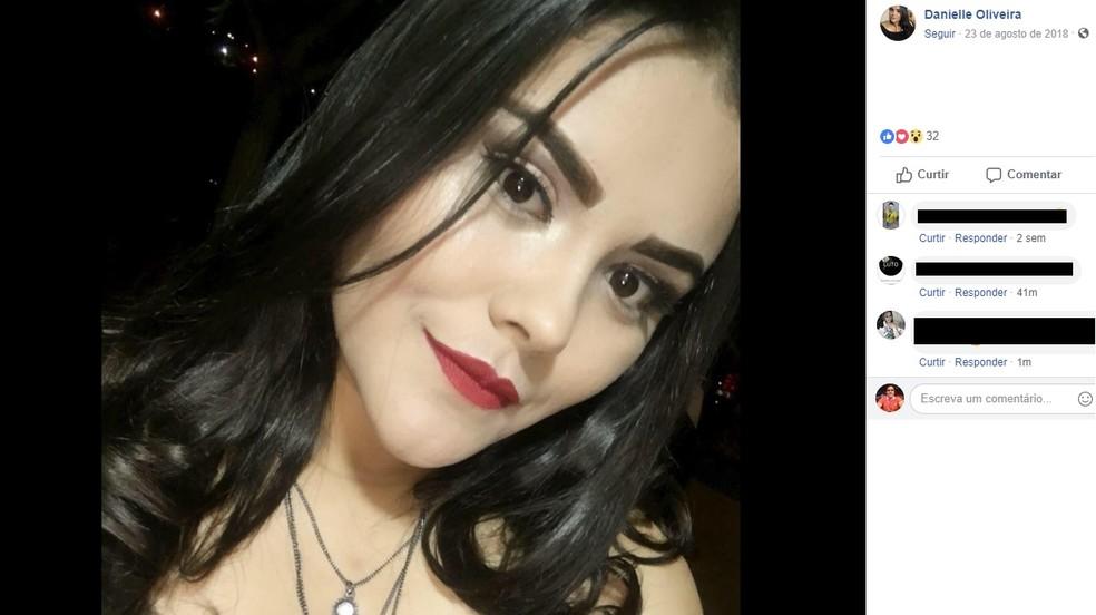Jovem foi encontrada com sinais de agressão — Foto: Reprodução/Facebook