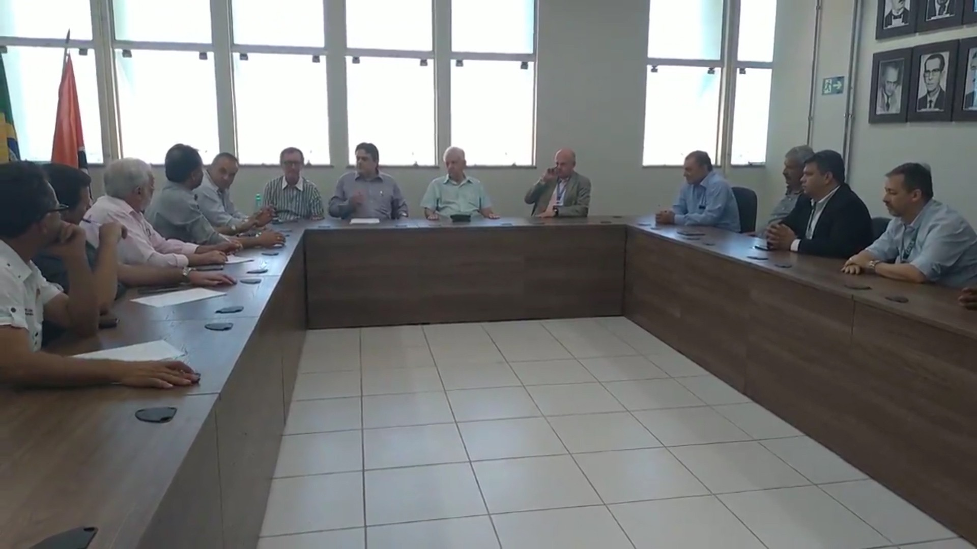Contrato de renovação do PAC para obras de saneamento é assinado em Divinópolis  - Notícias - Plantão Diário