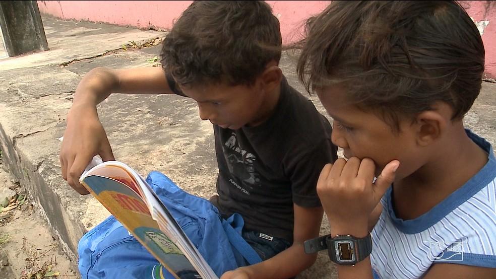 13% das 10.155 escolas municipais do MA tem estrutura de biblioteca ou sala de leitura, ou as duas dependências.  — Foto: Reprodução/TV Mirante