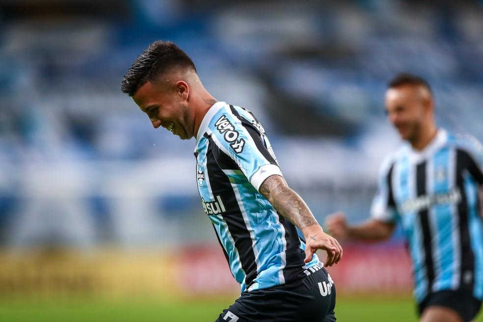 Matheus Henrique comemora gol marcado pelo Grêmio diante do Lanús — Foto: Lucas Uebel/DVG/Grêmio