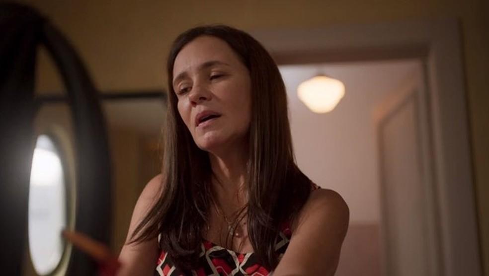 Thelma sequestra Caio em 'Amor de Mãe' — Foto: Globo