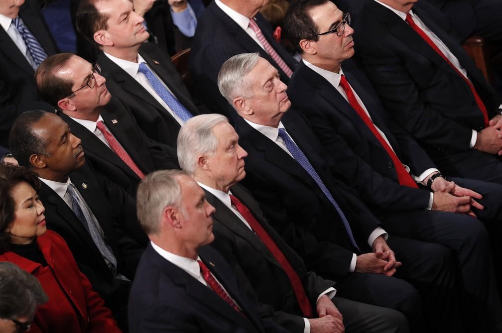 Membros do gabinete de Trump assistem ao discurso de Estado da União no Congresso americano (Foto: Jonathan Ernst/Reuters)