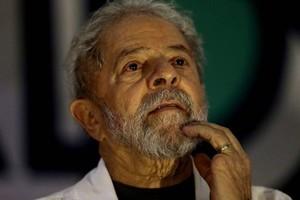 Condenado, o ex-presidente Lula ainda recorrerá da sentença para tentar concorrer à Presidência