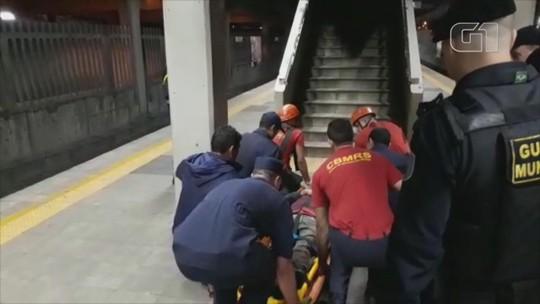 Homem é resgatado após ficar cerca de sete horas preso em buraco perto de estação de trem em Canoas