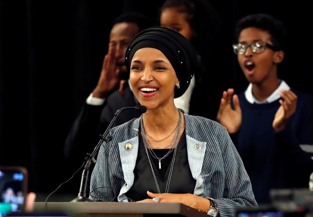 Ilhan Omar será a primeira adepta do hijab no Congresso dos EUA (Foto: Reuters)