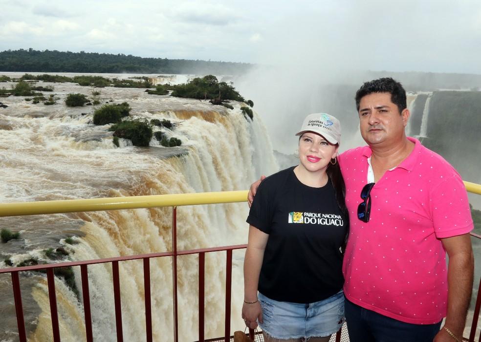 Ivete Belemer Lima e Alessandro, de Cascavel, foram os visitantes que ultrapassaram a marca (Foto: Christian Rizzi/Divulgação)