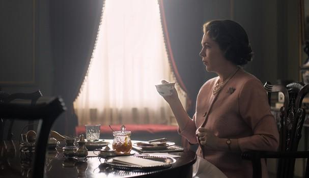"""Olivia Colman em """"The Crown"""" (Foto: Divulgação)"""