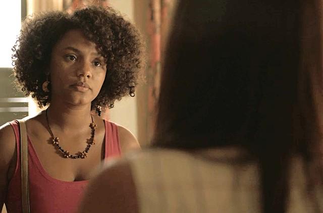 Jéssica Ellen é Camila em 'Amor de mãe' (Foto: Reprodução)