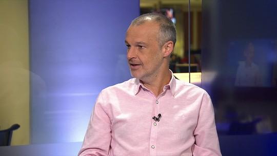 Jô pode trocar o Corinthians pelo Napoli, diz Sérgio Xavier