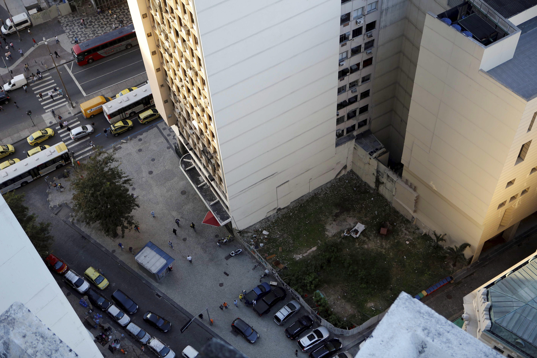 O terreno ocupado pelo Edifício Liberdade, no Centro do Rio