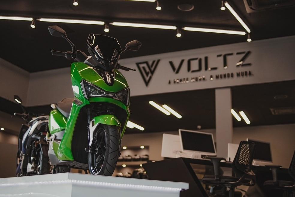 Moto elétrica da Voltz: reduçâo de custo tritbutário e mensalidade de baterias — Foto: Divulgação