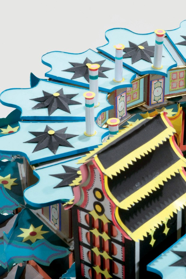 Detalhes das obras Kinshasa La Belle, de 1991 (Foto: Cortesia André Magnin/Fredi Casco, Caac - The Pigozzi Collection/Maurice Aeschimann, Collection Groninger Museum/Marten De Leeuw e Van Lierde Collection/Vincent Everarts)