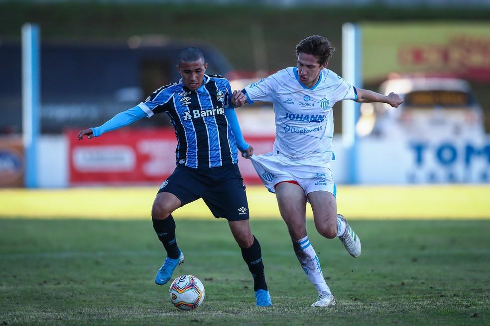Rildo, em ação pelo Grêmio contra o Novo Hamburgo no ano passado — Foto: Lucas Uebel/DVG/Grêmio
