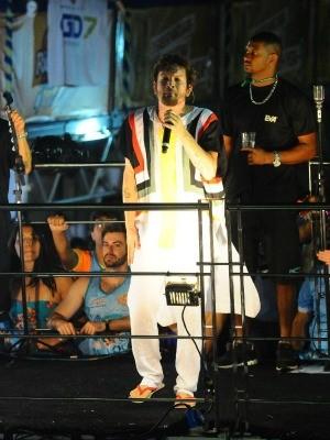 Banda Eva puxou o segundo bloco do Fortal neste sábado (Foto: Fred Pontes/ Divulgação)