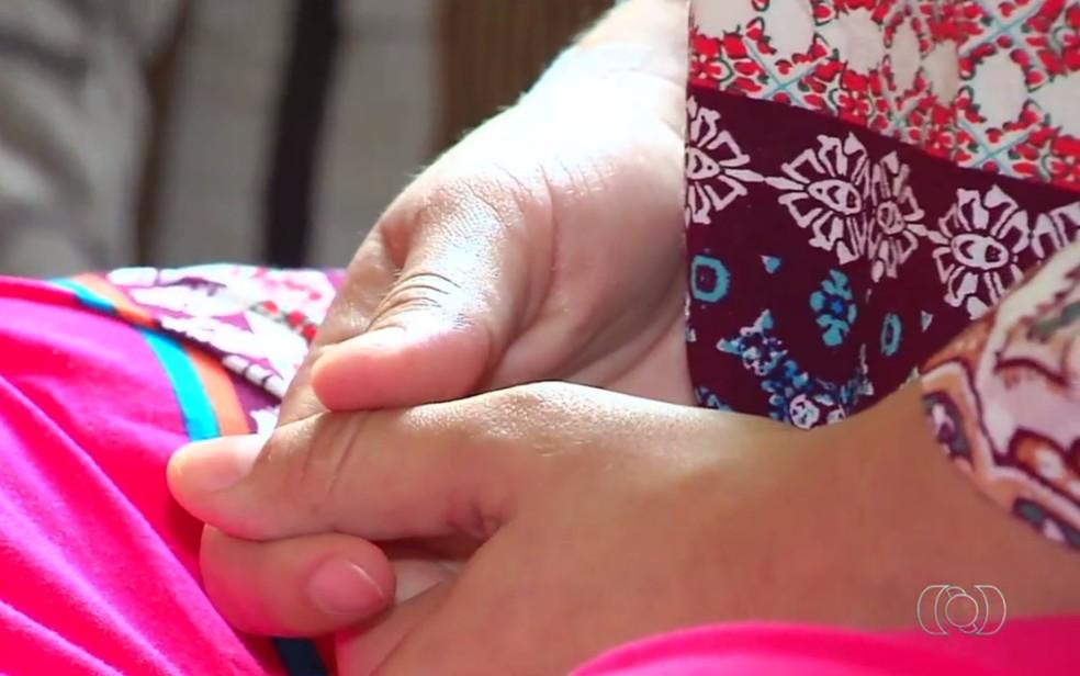 Jovem de 22 anos foi uma das vítimas a denunciarem o médico por abuso em Goiânia (Foto: TV Anhanguera/Reprodução)