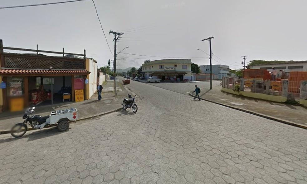 Jovem esfaqueia sogros em Peruíbe, SP, e alega que cometeu crime porque esposa era abusada por padrasto  — Foto: Reprodução