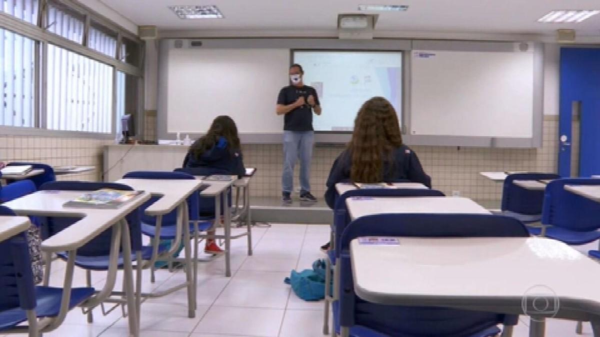 Lei inclui aulas de prevenção da violência contra a mulher na Educação Básica