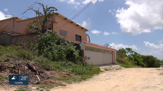 Jovem é assassinado em praia no Grande Recife onde três rapazes foram mortos em pousada