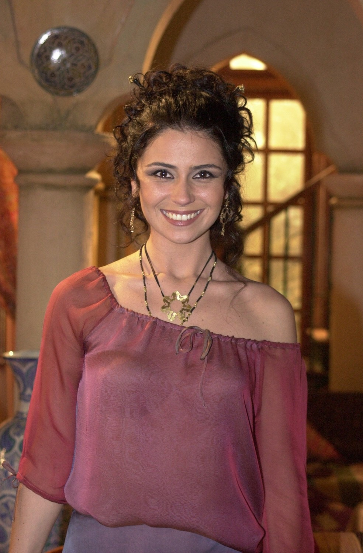 O figurino de Jade invadiu o comércio popular  — Foto: TV Globo/Gianne Carvalho