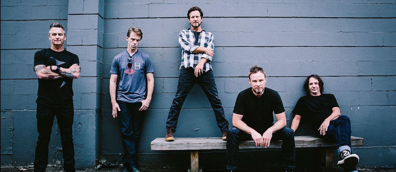 'Pearl Jam falava no estúdio sobre como o mundo ficou doido', diz produtor de novo álbum