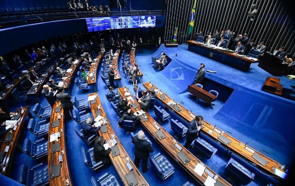 Senadores reunidos no plenário — Foto: Marcos Oliveira / Agência Senado