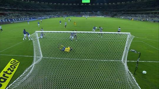 Campeão dos gols perdidos: veja lista com chances desperdiçadas pelo Santos no Brasileirão