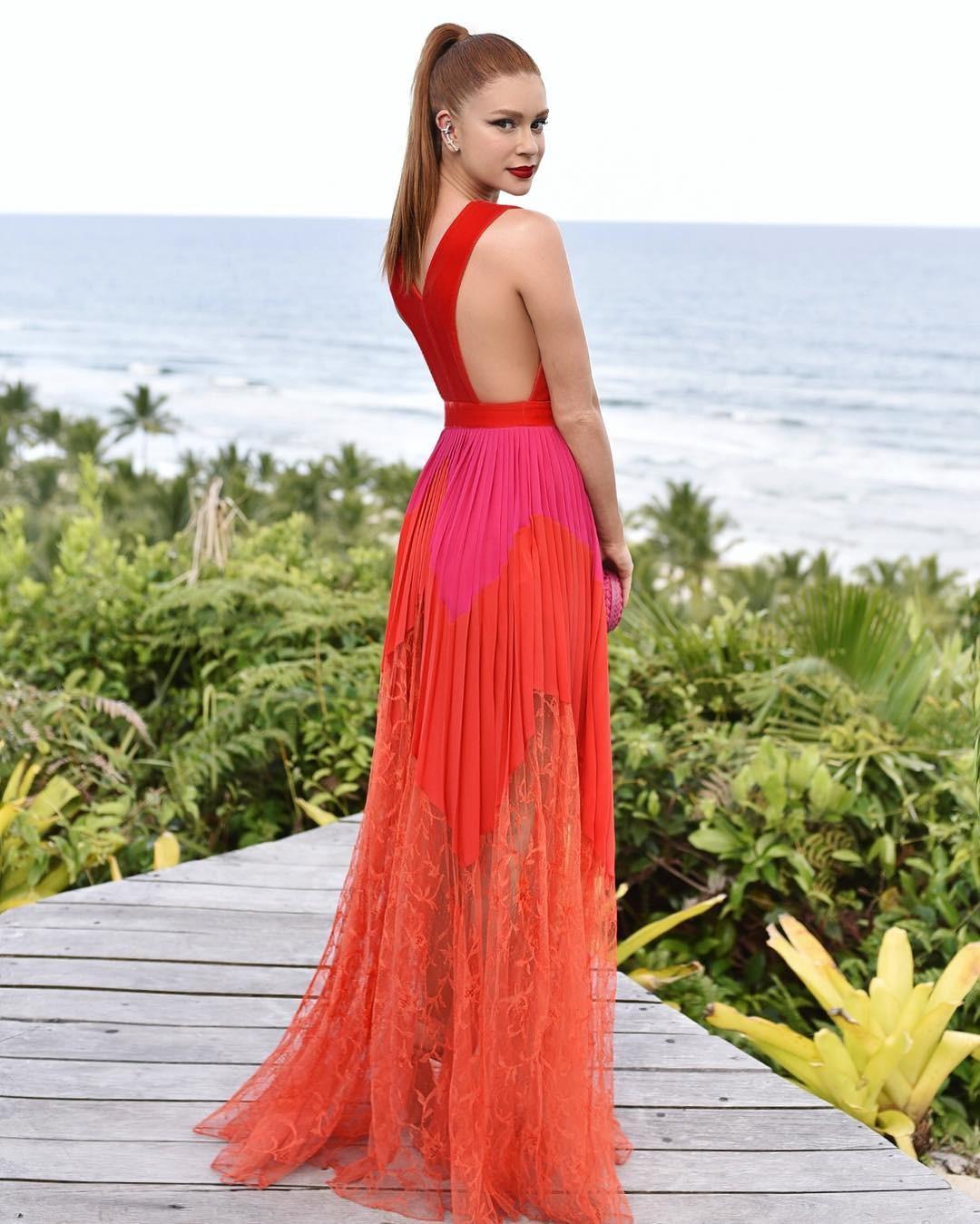 Marina Ruy Barbosa veste Givenchy (Foto: Reprodução Instagram)